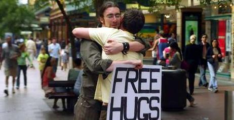 Free Hugs in Italia
