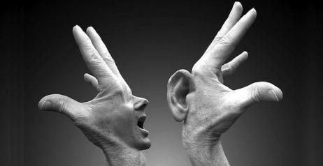 Parlare con gli altri
