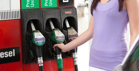 Rifornimento carburante auto