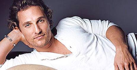 Camicia o t shirt cosa piace di pi alle donne - Cosa piace alle donne a letto ...