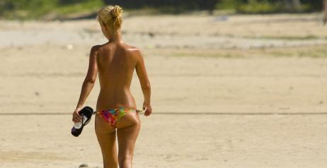 Topless in spiaggia